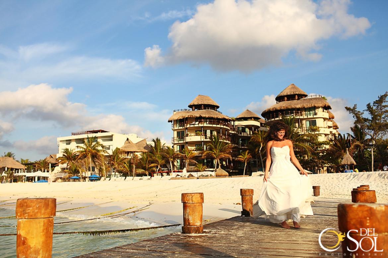Destination Weddings In Playa Del Carmen And Trash The Dress