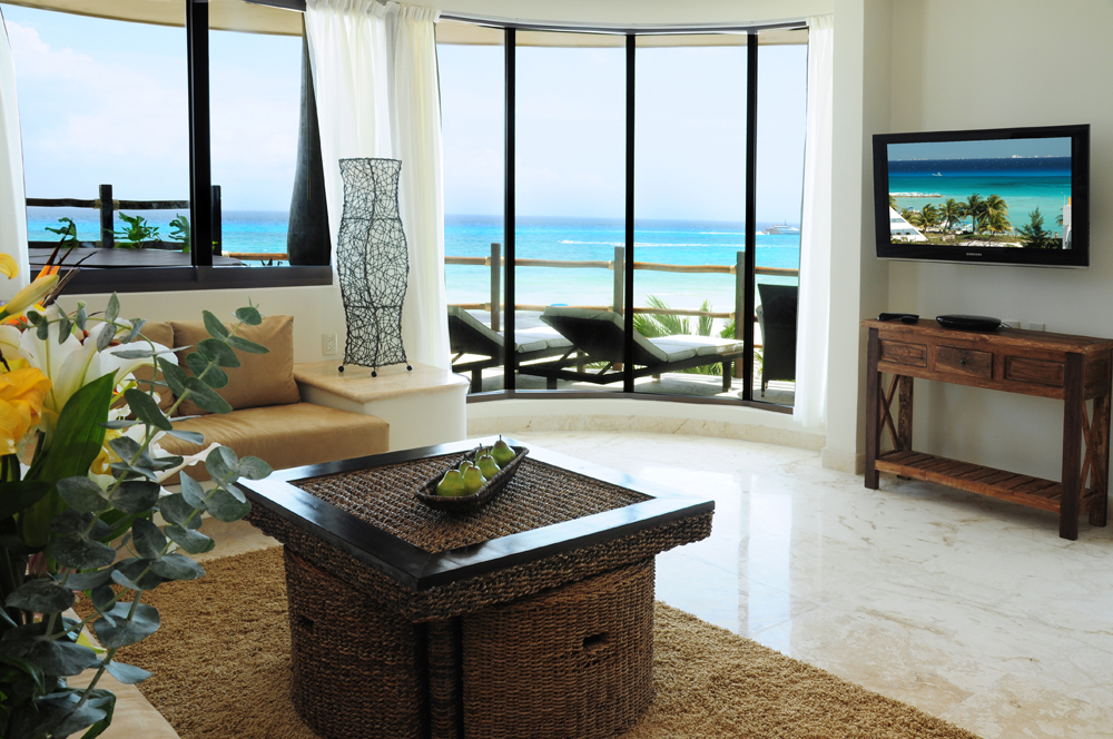 Living room at El Taj Oceanfront condo hotel
