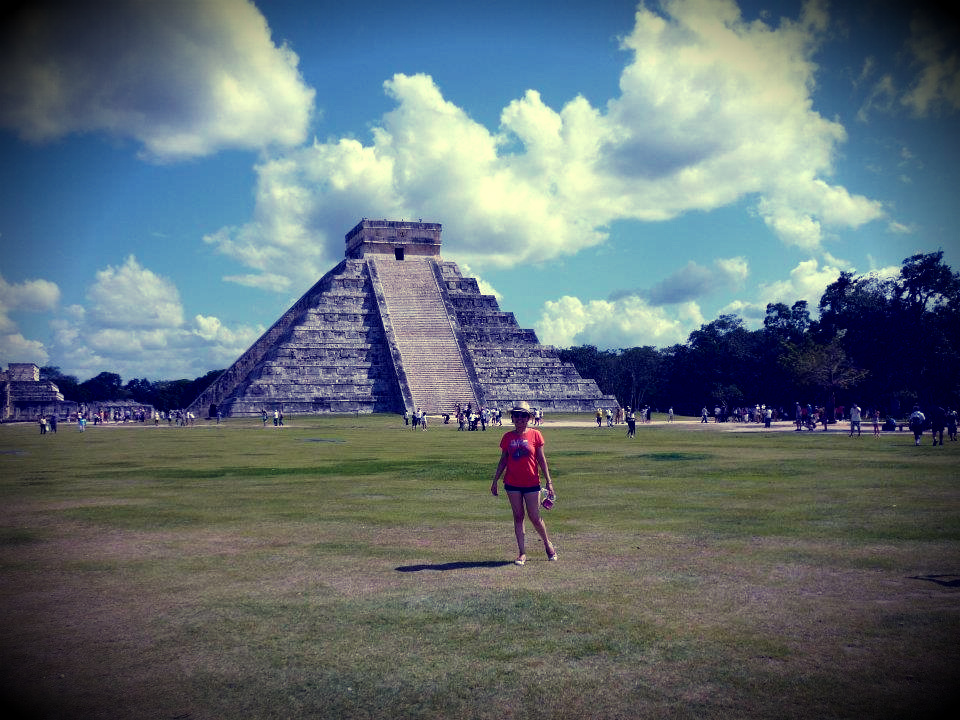 "In front of ""El Castillo"""