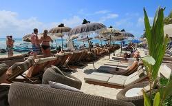 Indigo beach club