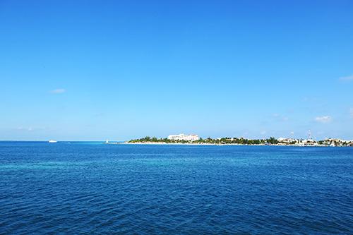 approaching isla