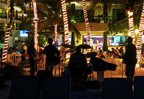 Indigo Beach Club band photo - Condo Hotels Playa del Carmen